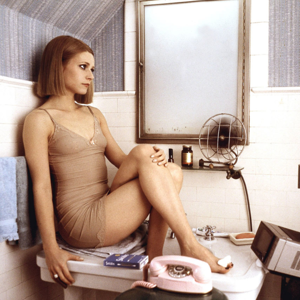 gwenyth-paltrow-the-royal-tenenbaums-600x600.jpg